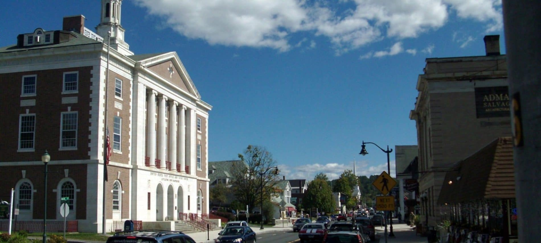 Post office building in downtown Littleton, NH
